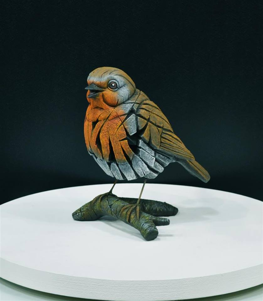 Robin by Matt Buckley of Edge Sculptures