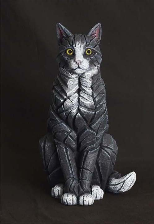 Sitting Cat (Black) by Matt Buckley of Edge Sculptures